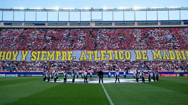 General view of Atletico de Madrid fan grandstands prior to start the UEFA Champions League Semi Final first leg match between Club Atletico de Madrid and Chelsea FC at Vicente Calderon Stadium on April 22, 2014 in Madrid, Spain. (Photo Getty Images)