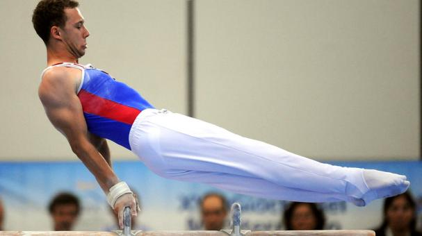 Robert Seligman of Croatia competes in men's pommel horse gold medal final event during XVI Mediterranean Games at Pala Universo on July 2, 2009 in Silvi Marina, Italy. (Photo by Getty Images)
