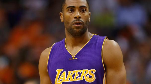 Wayne Ellington #2 of the Los Angeles Lakers during the NBA game against the Phoenix Suns at US Airways Center on October 29, 2014 in Phoenix, Arizona. (Photo by Christian Petersen/Getty Images)