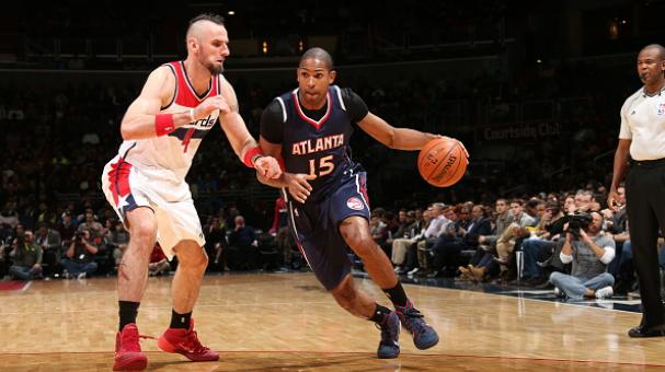 Al Horford #15 of the Atlanta Hawks drives to the basket against Marcin Gortat #4 of the Washington Wizards on November 25, 2014 at the Verizon Center in Washington, DC.  Getty Images