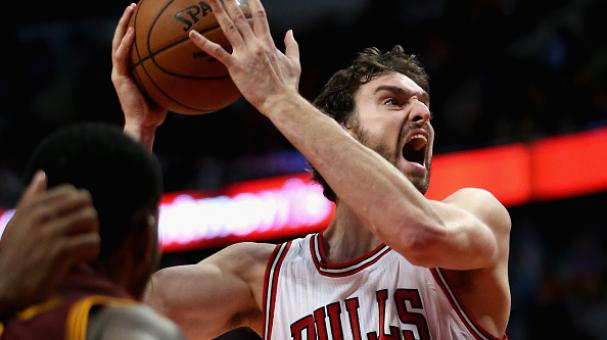 Pau Gasol #16 of the Chicago Bulls puts up a shot against at the United Center in Chicago, Illinois. Getty Images