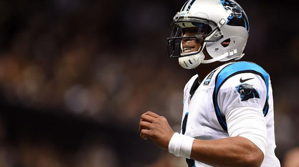 Cam Newton podría verse alejado del emparrillado a causa de su accidente. Foto Getty Images