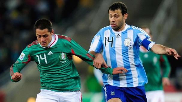 Javier Mascherano of Argentina and Javier Hernandez of Mexico during the 2010 FIFA World Cup South Africa at Soccer City Stadium on June 27, 2010 in Johannesburg, South Africa. (Getty Images)