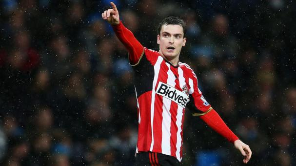 Adam Johnson of Sunderland celebrates scoring his penalty during the Barclays Premier League match between Manchester City and Sunderland at Etihad Stadium on January 1, 2015 in Manchester. (Getty Images)