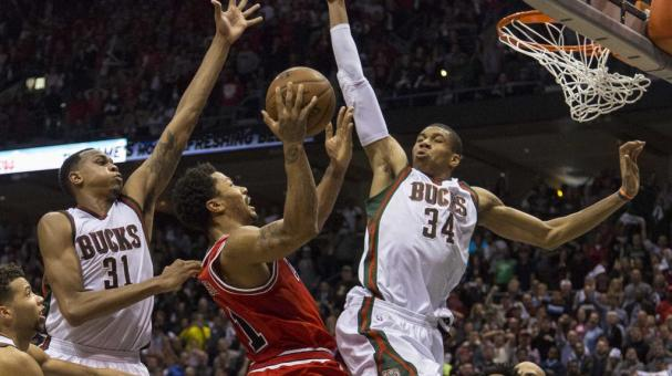 Guard Derrick Rose #1 of the Chicago Bulls shoots against guard Giannis Antetokounmpo #34 of the Milwaukee Bucks at the Bradley Center in Milwaukee, Wisconsin. Getty Images