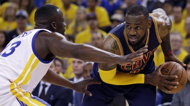 LeBron James #23 of the Cleveland Cavaliers . Foto: AP