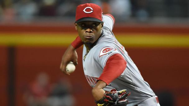 Raisel Iglesias #26 of the Cincinnati Reds delivers a pitch against the Arizona Diamondbacks at Chase Field on August 7, 2015 in Phoenix, Arizona. (Photo by Norm Hall/Getty Images)