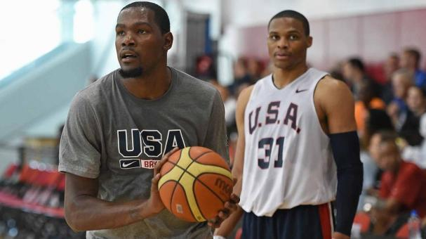 Kevin Durant y Russell Westbrook - Foto: Getty Images