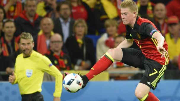 Kevin de Bruyne of Belgium in action during the UEFA EURO 2016 group E preliminary round match between Belgium and Italy at Stade de Lyon in Lyon, France, 13 June 2016. EFE