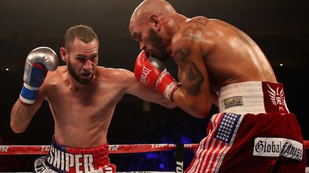 Jose Pedraza (L) Puerto Rico fights Raymundo Beltran during the WBO lightweight championship bout at Gila River Arena on August 25, 2018 in Glendale, Arizona. (Getty Images)