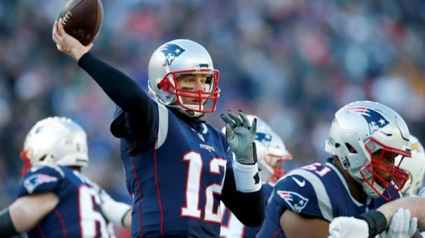 New England Patriots quarterback Tom Brady throws a pass against the Los Angeles Chargers at Gillette Stadium in Foxborough, Massachusetts, USA, 13 January 2019. EFE