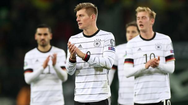 Germany's Toni Kroos reacts after winning the UEFA Euro 2020 Group C qualifying soccer match between Germany and Belarus in Moenchengladbach, Germany, 16 November 2019. (Bielorrusia, Alemania) EFE