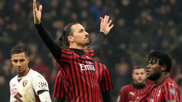 Milan's Zlatan Ibrahimovic (L) jubilates with his teammates after scoring the goal during the Italy Cup quarter final soccer match AC Milan vs Torino FC at the Giuseppe Meazza stadium in Milan, Italy, 28 January 2020. (Italia) EFE/EPA/MATTEO BAZZI