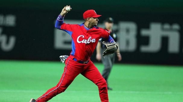 FUKUOKA, JAPAN - MARCH 03: Infielder Yulieski Gourriel #10 of Cuba in action during the World Baseball Classic First Round Group A game between Brazil and Cuba at Fukuoka Yahoo! Japan Dome on March 3, 2013 in Fukuoka, Japan. (Photo by Koji Watanabe/Getty