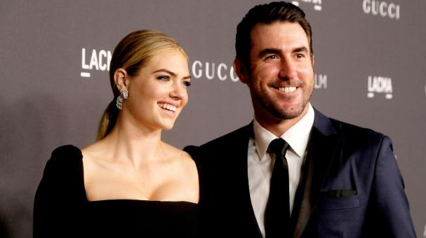 Model/actress Kate Upton (L) and MLB player Justin Verlander attend the 2016 LACMA Art + Film Gala honoring Robert Irwin and Kathryn Bigelow presented by Gucci at LACMA on October 29, 2016 in Los Angeles, California. (Getty Images)