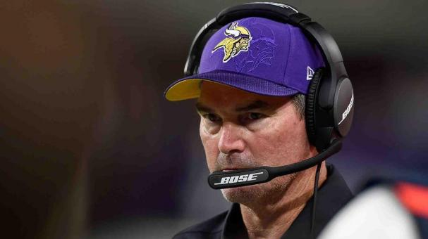 Coach de los Vikings se somete a cirugía de emergencia. Foto: Getty Images