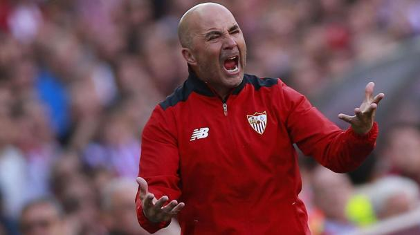 Jorge Sampaoli of Sevilla FC protests during the La Liga match between Club Atletico de Madrid and Sevilla FC at Vicente Calderon stadium on March 19, 2017 in Madrid, Spain. (Getty Images)