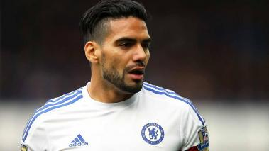 Radamel Falcao of Chelsea looks on during the Barclays Premier League match between Everton and Chelsea at Goodison Park on September 12, 2015 in Liverpool, United Kingdom. (Photo by Alex Livesey/Getty Images)