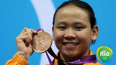 Bronze medallist Pandelela Pamg of Malaysia poses on the podium during the medal ceremony for the Women's 10m Platform Diving Final on Day 13 of the London 2012 Olympic Games at the Aquatics Centre on August 9, 2012 in London, England. (Getty Images)