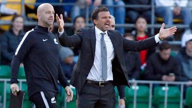 New Zealand head coach Anthony Hudson (2-L) gestures toward the field as his team takes on Peru in the 2018 FIFA World Cup Russia qualifying play-off match between New Zealand and Peru at Westpac Stadium, in Wellington, New Zealand, 11 November 2017. EFE