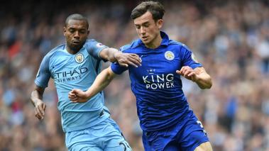 Fernandinho of Manchester City puts pressure on Ben Chilwell of Leicester City during the Premier League match at Etihad Stadium on May 13, 2017 in Manchester, England. (Getty Images)