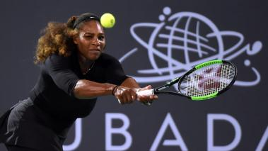 Serena Williams pierde en su regreso al tenis en Abu Dhabi