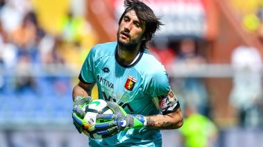 Mattia Perin of Genoa during the serie A match between Genoa CFC and Torino FC at Stadio Luigi Ferraris on May 20, 2018 in Genoa, Italy. (Getty Images)