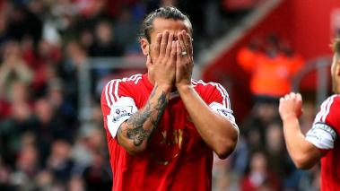 Pablo Daniel Osvaldo of Southampton reacts after a missed chance on goal during the Barclays Premier League match between Southampton and West Ham United at St Mary's Stadium on September 15, 2013 in Southampton, England. (Getty Images)