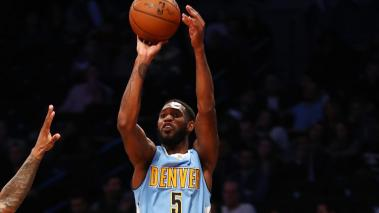 Danilo Gallinari y Kenneth Faried lideran a Nuggets al vencer al Magic