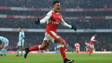 Alexis rescata el Arsenal ante el Burnley