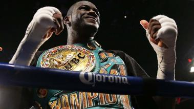 Deontay Wilder celebrates after defeating Artur Szpilka by KO in the 9th round during their WBC Heavyweight Championship bout at Barclays Center on January 16, 2016 in Brooklyn borough of New York City. (Photo by Mike Stobe/Getty Images)