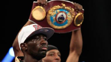 Terence Crawford es el rey absoluto superligero tras noquear a Julius Indongo