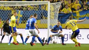 Sweden's Jakob Johansson (R) scores the 1-0 goal during the FIFA World Cup 2018 European qualifying playoff match Sweden vs Italy at Friends Arena in Stockholm, Sweden, 10 November 2017. EFE