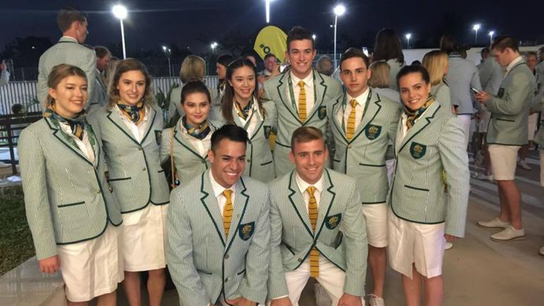 EQUIPOS DE CLAVADOS DE AUSTRALIA: Awesome to share this Olympic experience with my cousin @jamesstannard #OneTeam #family #openingceremony #Rio2016 #Olympics. FOTO: Facebook