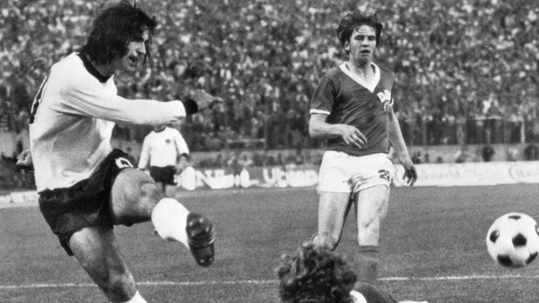 Gerd Müller (Alemania Federal) - 68 goles en 62 partidos. <p>Getty</p>