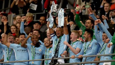El City aplasta al Arsenal en la final de Copa de la Liga