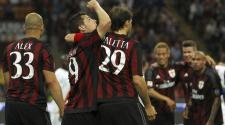 Mattia Destro (C) of AC Milan celebrates during the Serie a match between AC Milan and AS Roma at Stadio Giuseppe Meazza on May 9, 2015 in Milan, Italy. (Photo by Marco Luzzani/Getty Images)