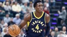 Victor Oladipo #4 of the Indiana Pacers dribbles the ball at Bankers Life Fieldhouse on December 18, 2017 in Indianapolis, Indiana. (Getty Images)