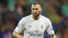 Karim Benzema of Real Madrid during the UEFA Champions League quarter-final match between Real Madrid and VfL Wolfsburg on April 12, 2016 at the Santiago Bernabeu stadium in Madrid, Spain.(Photo by VI Images via Getty Images)