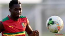Cameroon's defender Ambroise Oyongo controls the ball during a training session in Libreville on February 4, 2017 on the eve of the final of the 2017 Africa Cup of Nations football tournament between Egypt and Cameroon. (Getty Images)